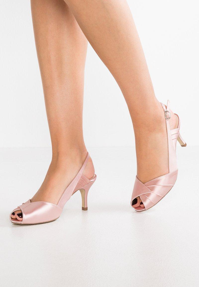 Paradox London Pink - CECILIA - Åpen front - blush