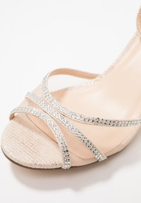 Paradox London Pink - LOLA - Sandals - champagne - 2
