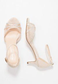 Paradox London Pink - LOLA - Sandals - champagne - 3