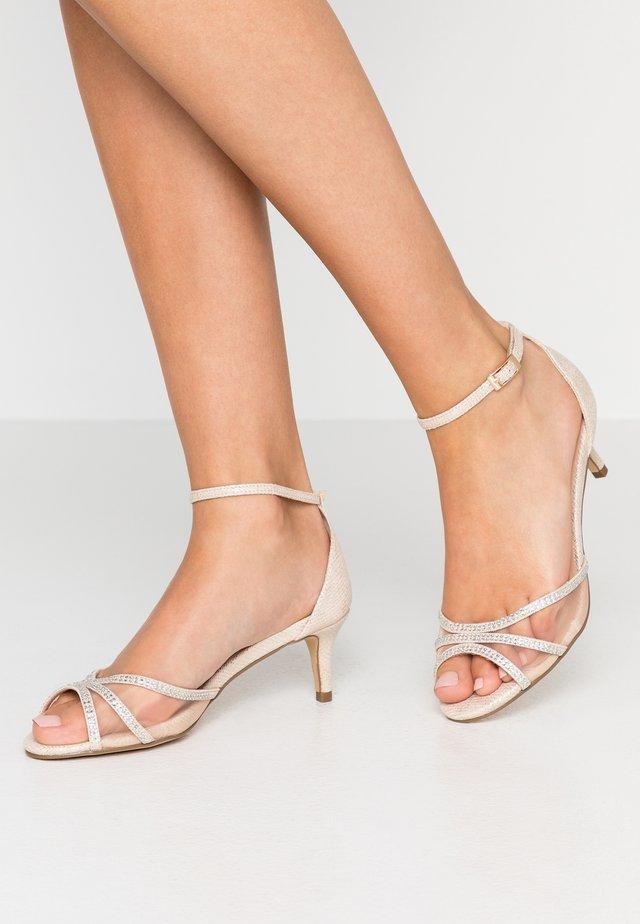 LOLA - Sandals - champagne