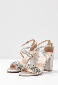 Paradox London Pink - HERLISA - High heeled sandals - silver - 4