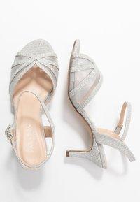 Paradox London Pink - HELICE - Sandaalit nilkkaremmillä - silver - 3