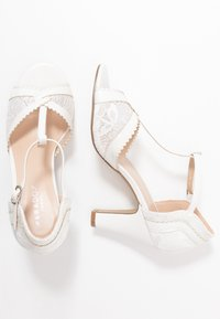 Paradox London Pink - QUEEN - Korolliset sandaalit - white - 3