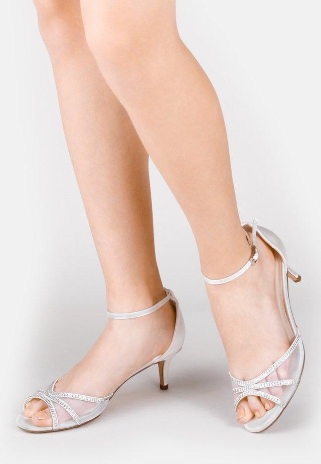 LOLA - Bridal shoes - silver