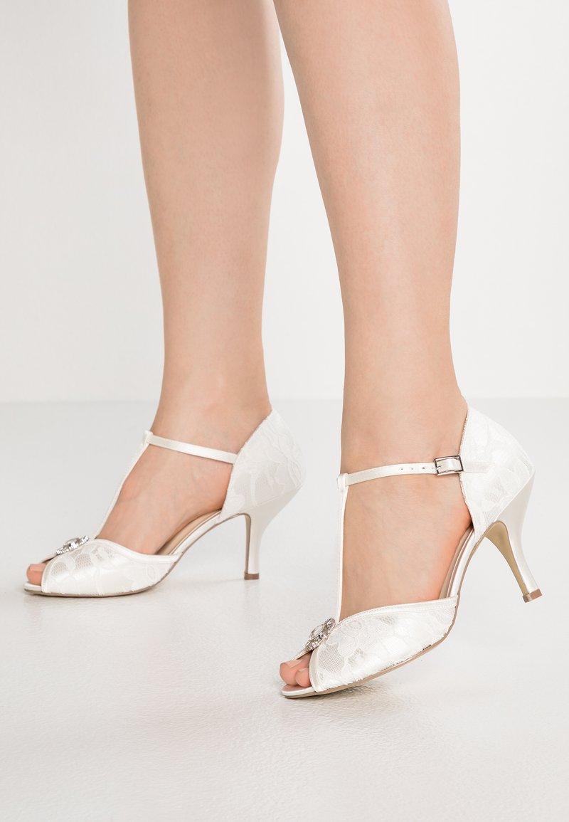 Paradox London Pink - CHARLOTTE - Bridal shoes - ivory