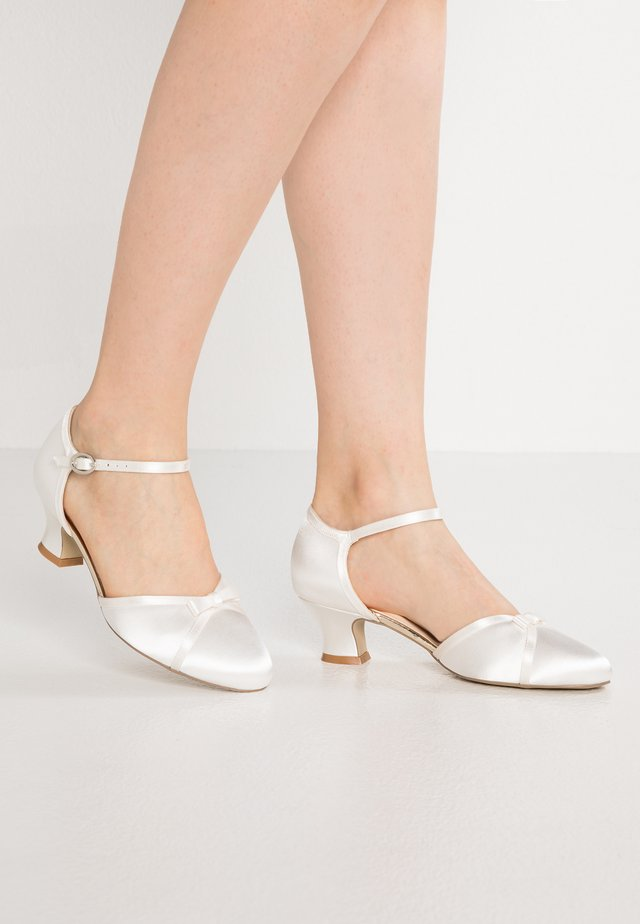 ANNABELLE - Bridal shoes - ivory
