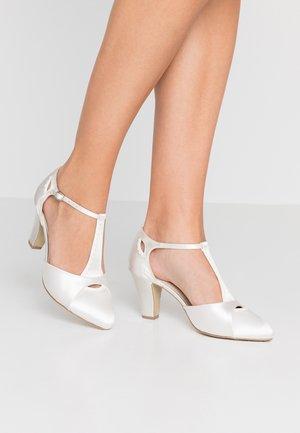 BELMONT - Bridal shoes - ivory
