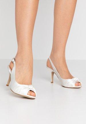 LEXI - Bridal shoes - ivory