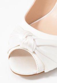 Paradox London Pink - LEXI - Svatební boty - ivory - 2