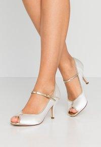 Paradox London Pink - GRETA - Svatební boty - ivory - 0