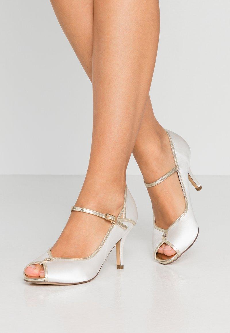 Paradox London Pink - GRETA - Svatební boty - ivory