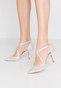 Paradox London Pink - LATISHA - Svatební boty - ivory - 0