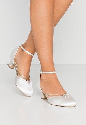 ALIYA - Svatební boty - ivory