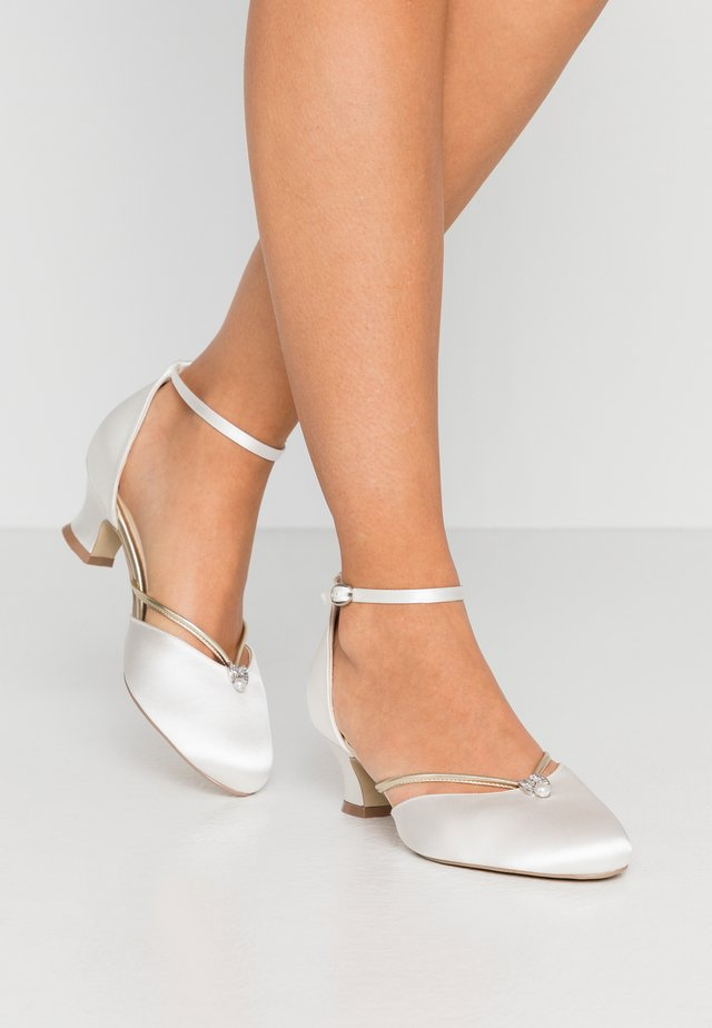 ALIYA - Bridal shoes - ivory