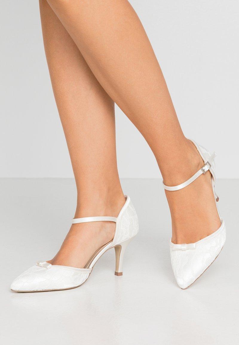 Paradox London Pink - DEVOTION - Svatební boty - ivory