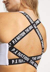 P.E Nation - RACING LINE SPORTS BRA - Sports bra - white - 5