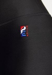 P.E Nation - MAXIMUM SPEED LEGGING - Leggings - black - 5