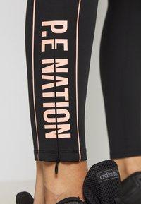 P.E Nation - THREE POINTER - Leggings - black - 4