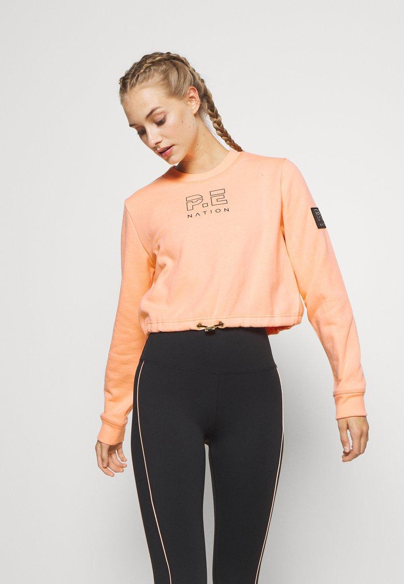 P.E Nation - REPLAY  - Sweatshirt - poppy peach