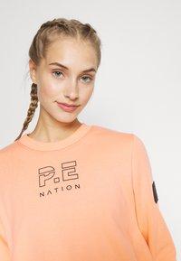 P.E Nation - REPLAY  - Sweatshirt - poppy peach - 3