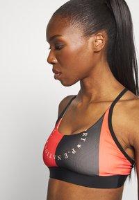 P.E Nation - FIELD GOAL BRA - Sports bra - black - 4