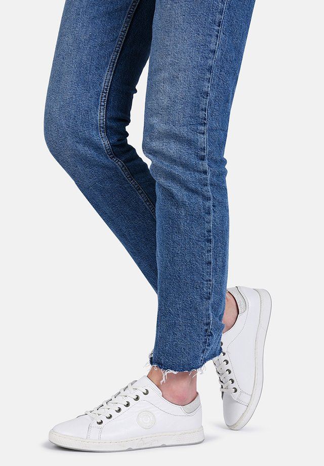 JAYO - Sneakers laag - white