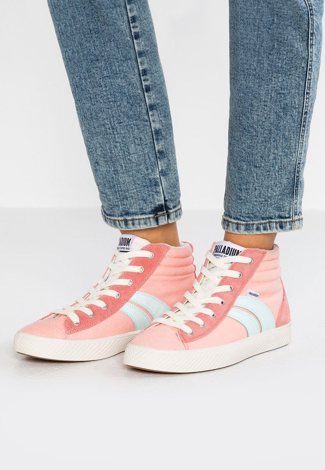 High-top trainers - peach/pearl