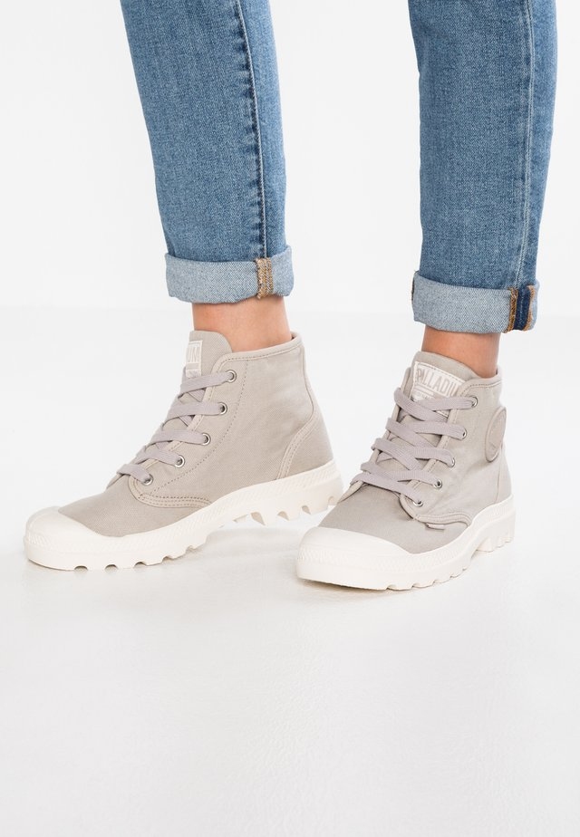 PAMPA  - Lace-up ankle boots - string/ecru