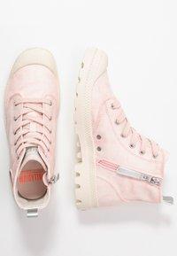 Palladium - PAMPA ZIP DESERTWASH - Boots à talons - pink - 3