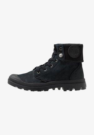 BAGGY NUBUCK - Veterboots - black