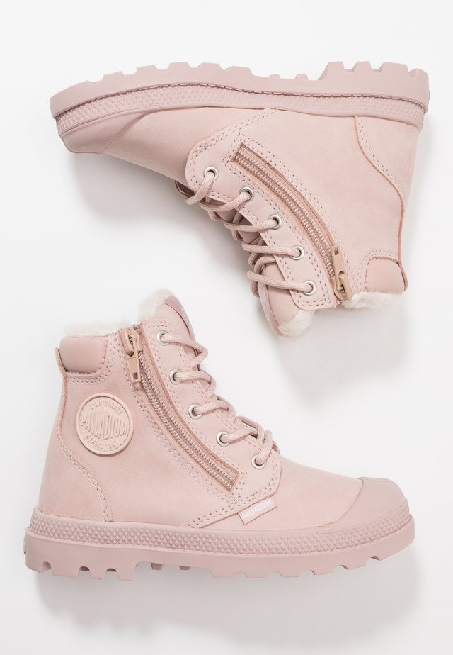 HI CUFF WPS - Lace-up ankle boots - rose dust