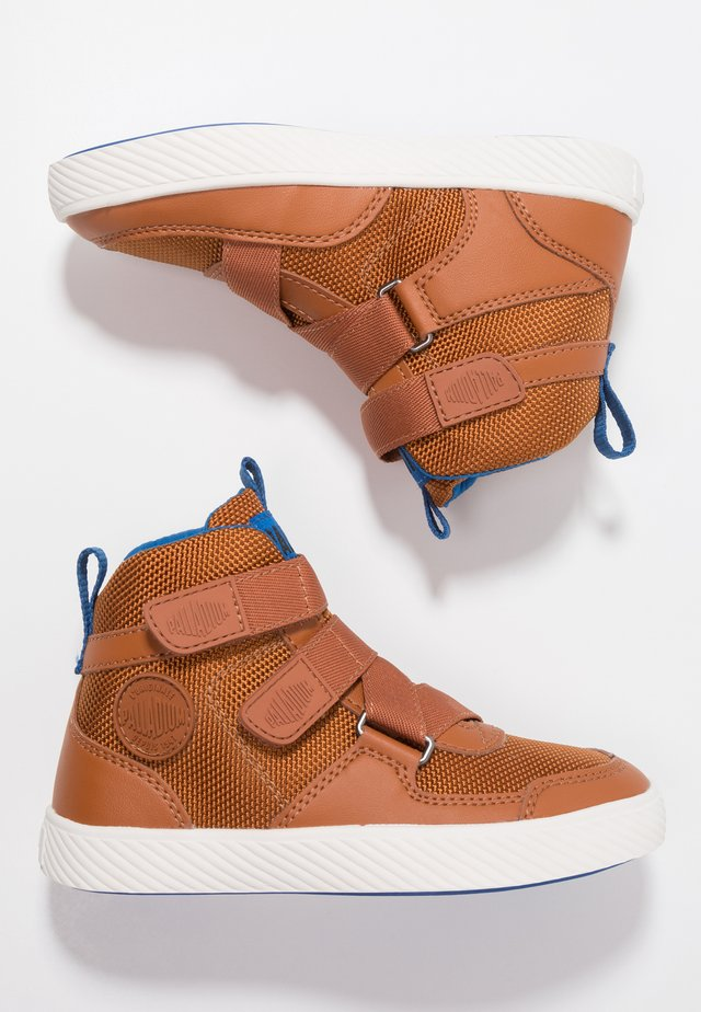 PALLASTREET MID - Høye joggesko - brown/snow blue/marshmellow