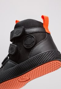Palladium - PALLASTREET MID - Sneakers high - black/firecracker - 2