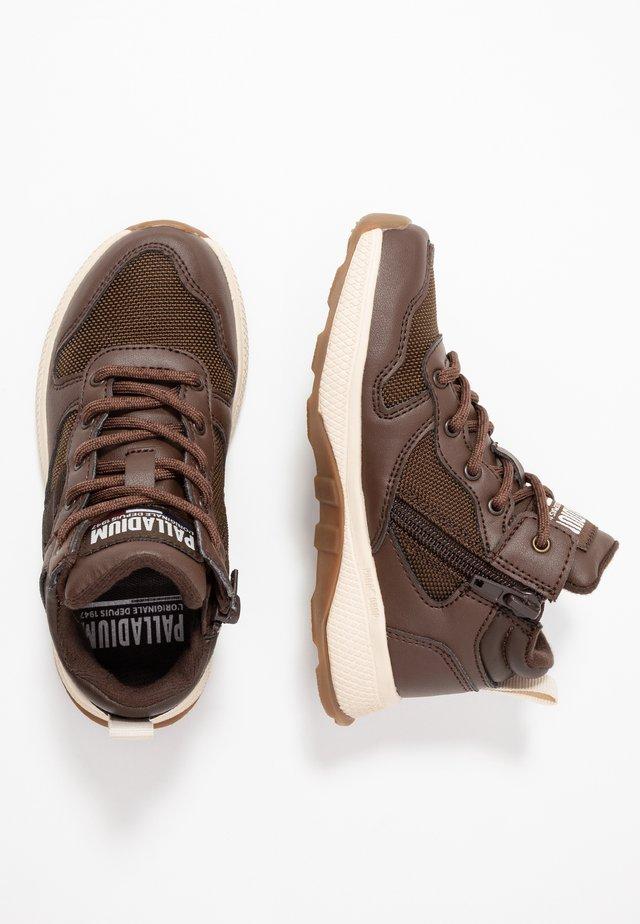 AXEON MIDS - Sneaker high - carafe