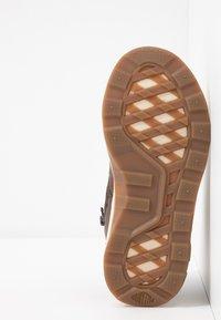Palladium - AXEON MIDS - Sneakers high - carafe - 5