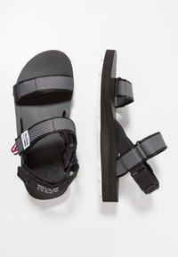 Palladium - OUTDOORSY STRAP - Sandalias - black