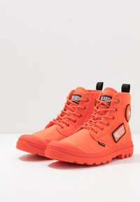 Palladium - PAMPA HI CHANGE - Bottines à lacets - orange - 2