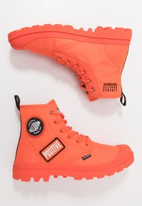 Palladium - PAMPA HI CHANGE - Bottines à lacets - orange - 1