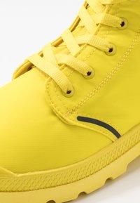 Palladium - PAMPA LITE+ WP+ - Šněrovací kotníkové boty - yellow - 5