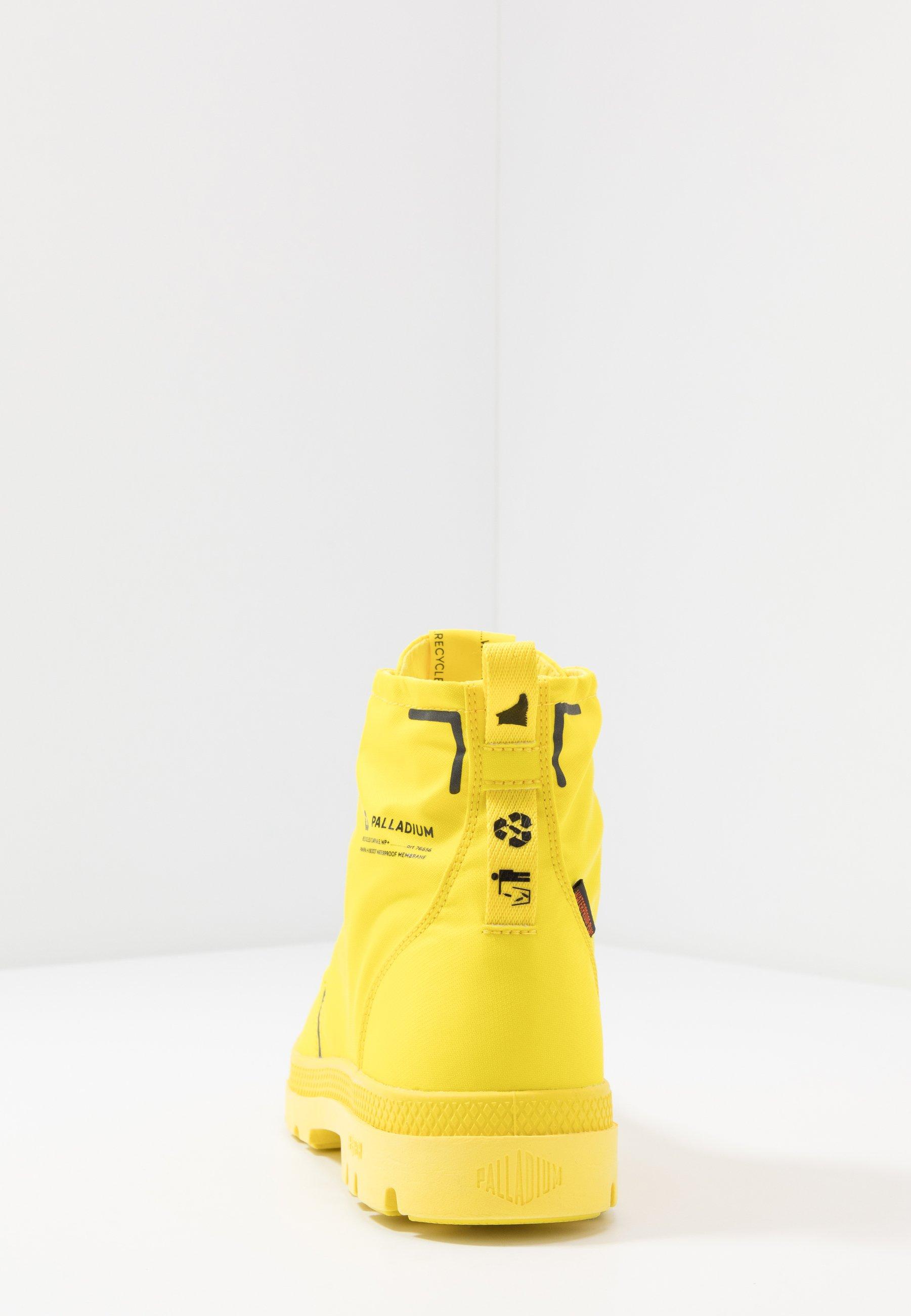 Palladium PAMPA LITE+ WP+ - Botki sznurowane - yellow