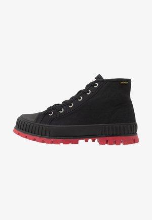 PALLASHOCK MID - Veterboots - black/red