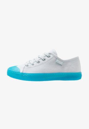 Sneaker low - illusion blue