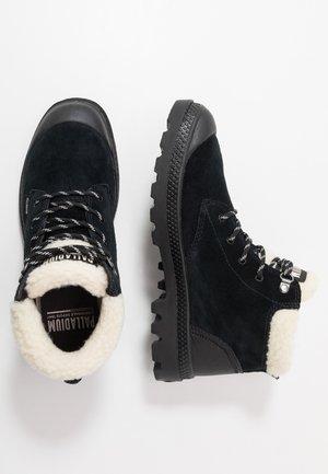 PAMPA - Snørestøvletter - black