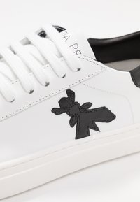 Patrizia Pepe - Sneakers basse - white - 2