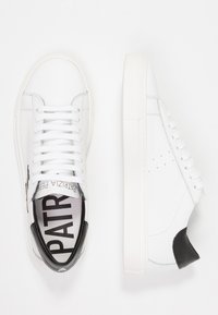 Patrizia Pepe - Sneakers basse - white - 3