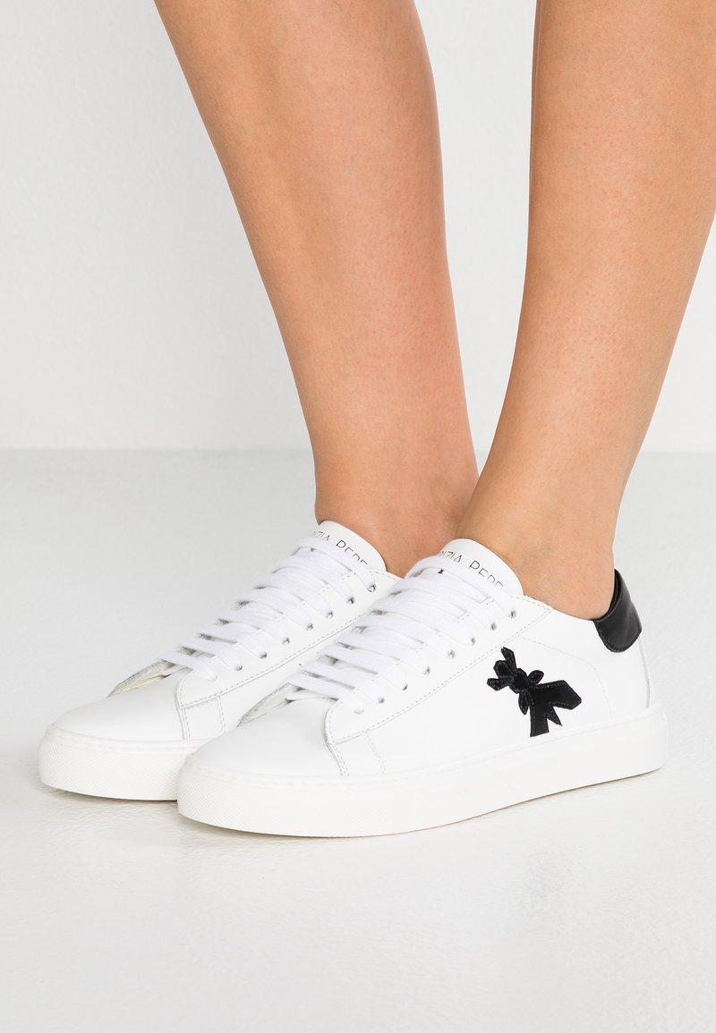 Patrizia Pepe - Sneakers basse - white