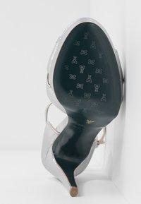 Patrizia Pepe - High heeled sandals - silver - 6
