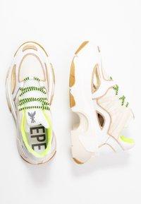 Patrizia Pepe - Sneakers - white metallics - 3