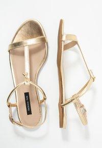 Patrizia Pepe - Sandals - gold star - 3