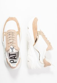 Patrizia Pepe - Sneakers - touch savana - 3